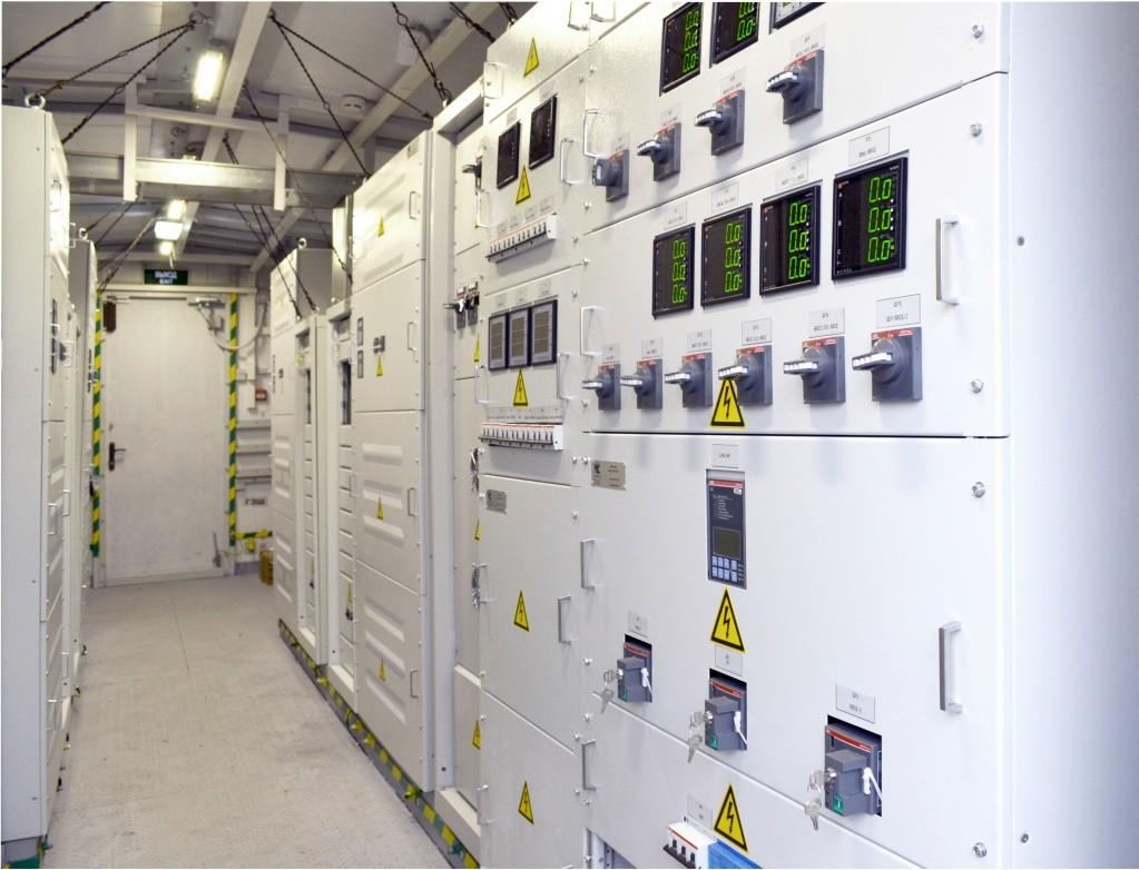 Lithium-ion uninterruptible power supplies